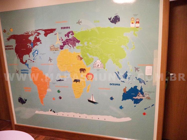 mapa mundi infantil parede